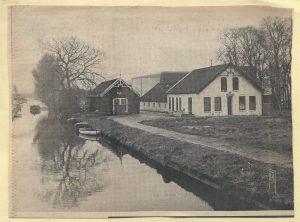 1971 krantenfoto boerderij Houttuin Sluipwijk n 1971